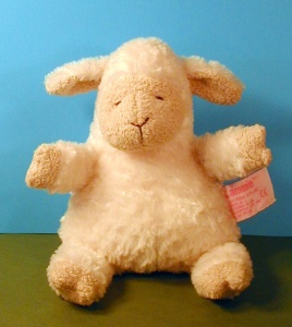stuffed-toy-lamb
